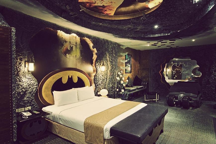 Batman-Hotel-04