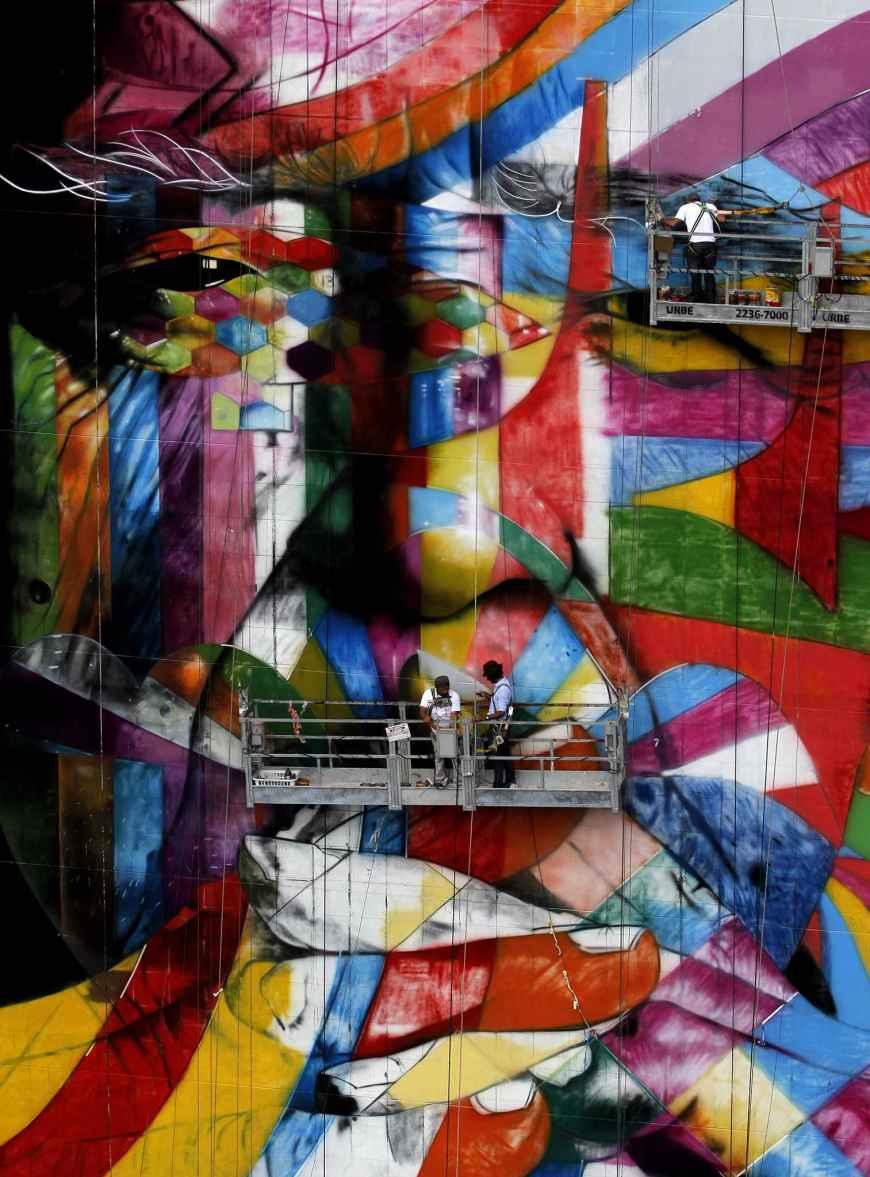 brazilian-graffiti-artist-eduardo-kobra-27a5-diaporama
