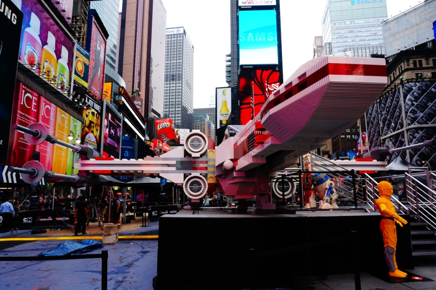 a-massive-star-wars-lego-x-wing-has-landed-in-times-square-photos