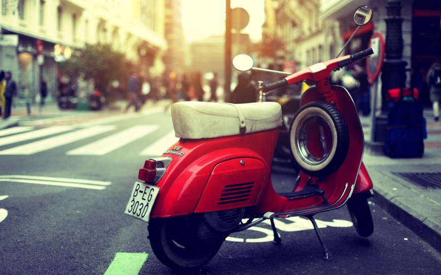 vintage-vespa-scooter-photo-wallpaper-1920x1200