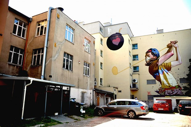Creative-Street-Art-Wall-Murals-by-Etam-Cru-25
